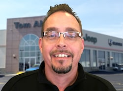 Tom Ahl Lima Ohio >> Tom Ahl Chrysler Dodge Jeep Ram Fiat Staff Lima Dealership