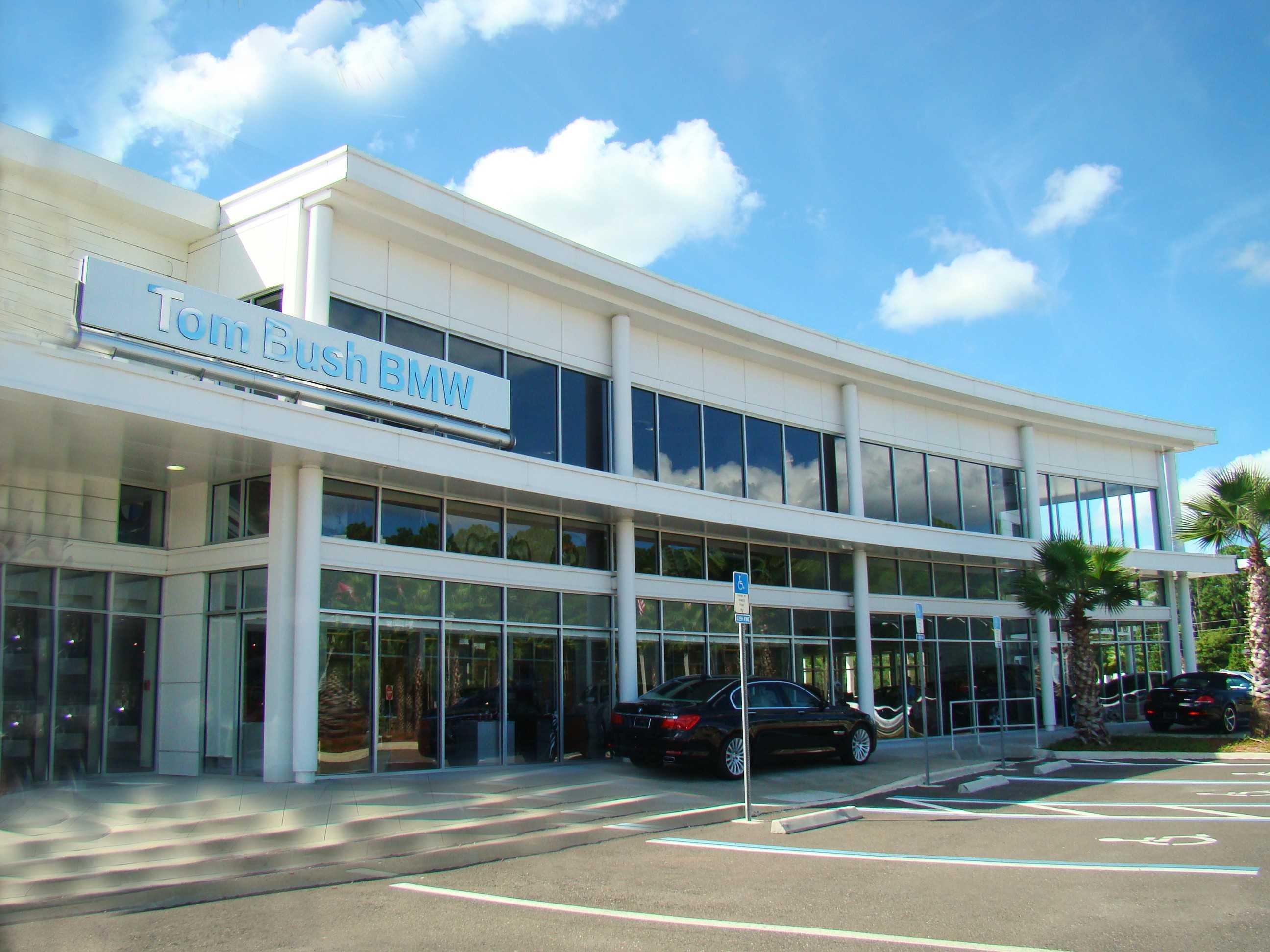 Tom Bush BMW of Orange Park opens on Blanding Blvd. Go to our Tom Bush BMW Orange Park website