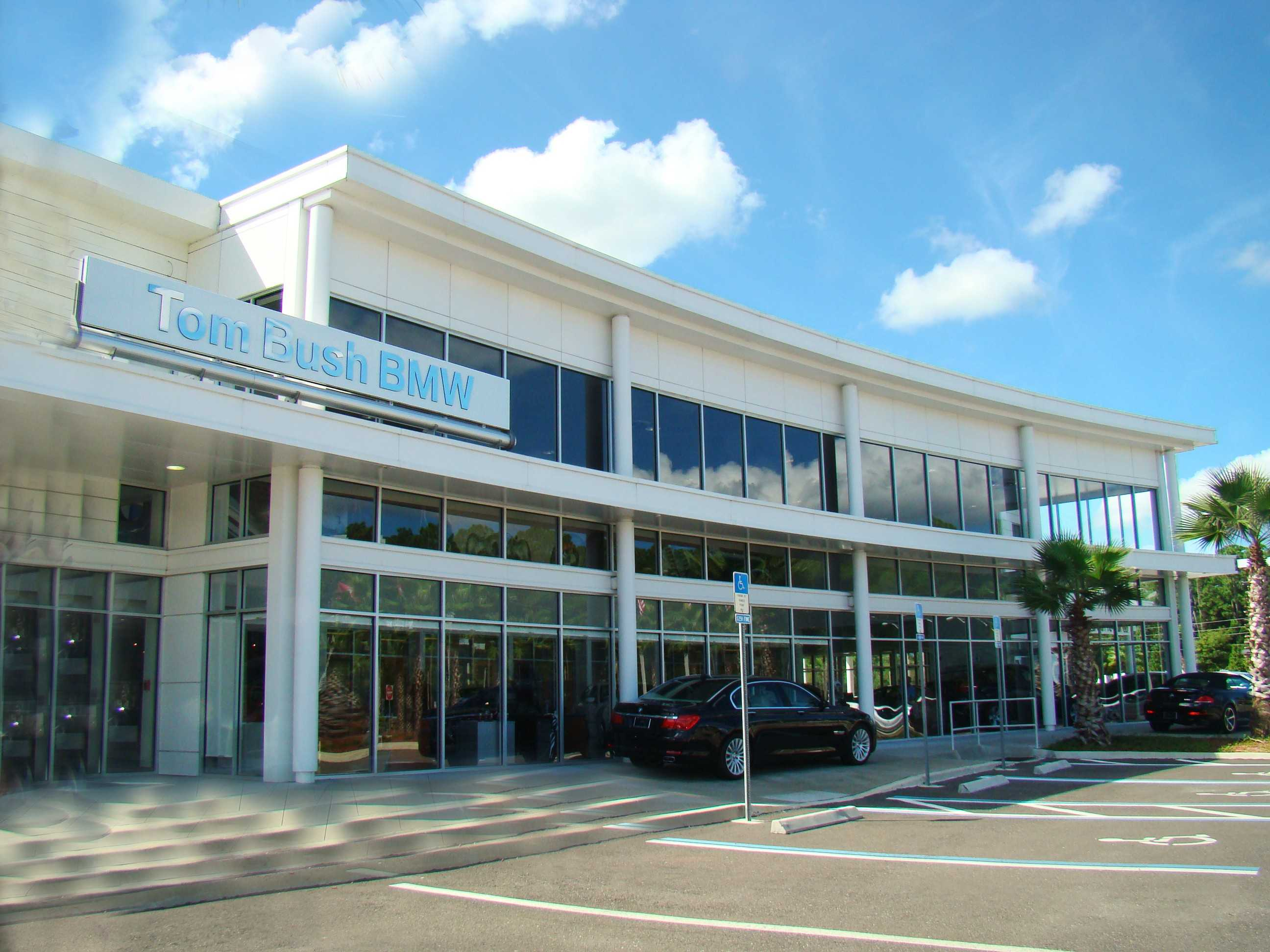 Tom Bush Bmw >> About Tom Bush Bmw Orange Park Jacksonville New And Used Car