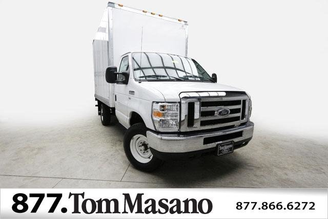 2018 Ford E-350SD XL 12' Supreme Dry Freight