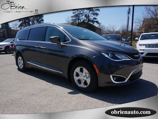 New 2018 Chrysler Pacifica HYBRID TOURING L Passenger Van for sale near Indianapolis