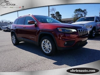 New 2019 Jeep Cherokee LATITUDE FWD Sport Utility for sale near Indianapolis
