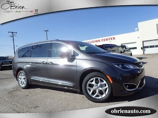 New 2018 Chrysler Pacifica TOURING L Passenger Van for sale near Indianapolis