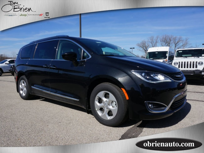 New Chrysler Pacifica HYBRID TOURING L For Sale In - Chrysler dealer indianapolis
