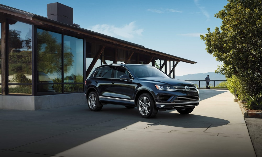 2016 Volkswagen Touareg at Tom Wood Volkswagen in Indianapolis IN