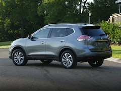 2016 Nissan Rogue S SUV 5N1AT2MV1GC828544