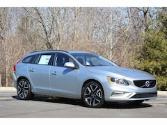 New 2018 Volvo V60 T5 Dynamic Wagon VV6671 Indianapolis, IN