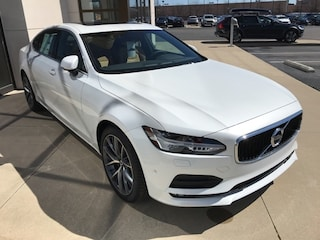 New 2018 Volvo S90 T5 AWD Momentum Sedan VV6705 Indianapolis, IN