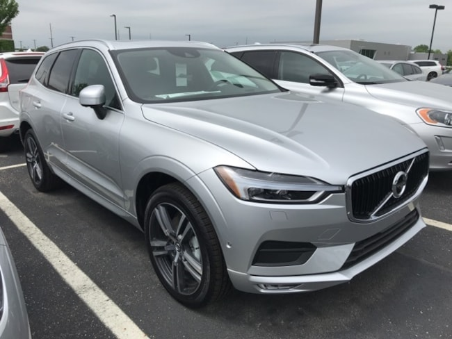 New 2018 Volvo XC60 T6 AWD Momentum SUV Indianapolis, IN