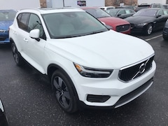 New 2019 Volvo XC40 T5 Momentum SUV VV7059 Indianapolis, IN