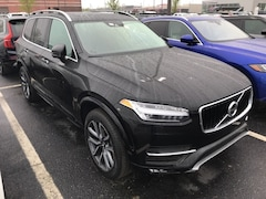 New 2019 Volvo XC90 T5 Momentum SUV VV7067 Indianapolis, IN