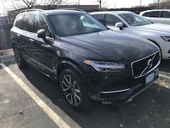 New 2019 Volvo XC90 T6 Momentum SUV VV6972 Indianapolis, IN