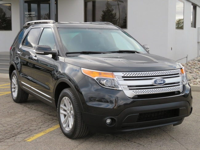 Used 2015 Ford Explorer XLT 4WD  XLT for sale in Grand Rapids