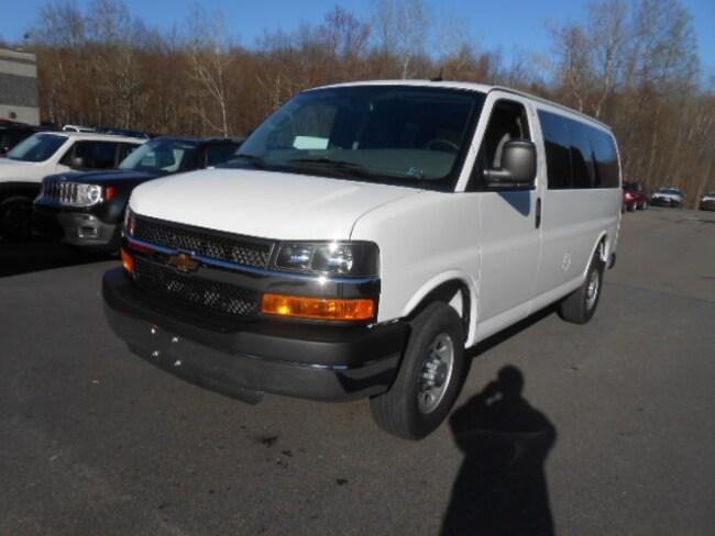 2015 Chevrolet Express 3500 Work Van Van Cargo Van