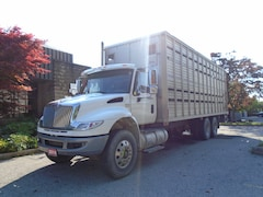 2014 INTERNATIONAL Dura Star Livestock carrier,28ft Aluminum Box