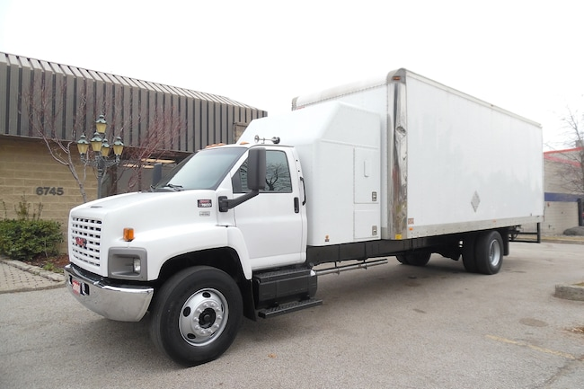 2008 GMC C7500 Sleeper,Air Ride,24ft dry box,Clean truck.