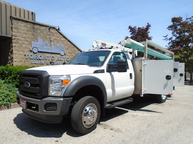 2012 FORD F550 Clean Service body,Crane,Gas motor.