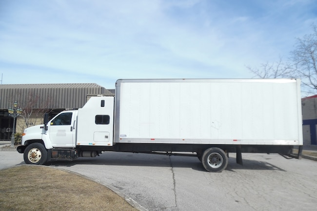 Used 2006 GMC C7500 For Sale at TORONTO AUTO SALES & LEASING LTD