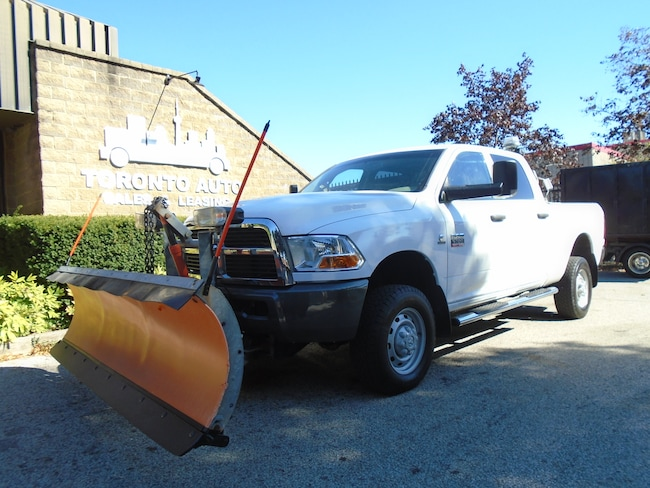2011 Dodge Ram 3500 4X4, 9ft Arctic plow, Cummins Diesel. Quad Cab