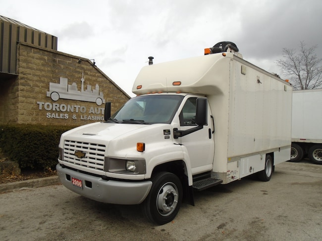 2006 CHEVROLET C5500 Enclosed workshop,Compressor,Heater.