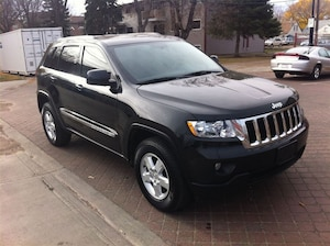 2013 Jeep Grand Cherokee Laredo | SiriusXM | Easy Approvals! Highest Approv