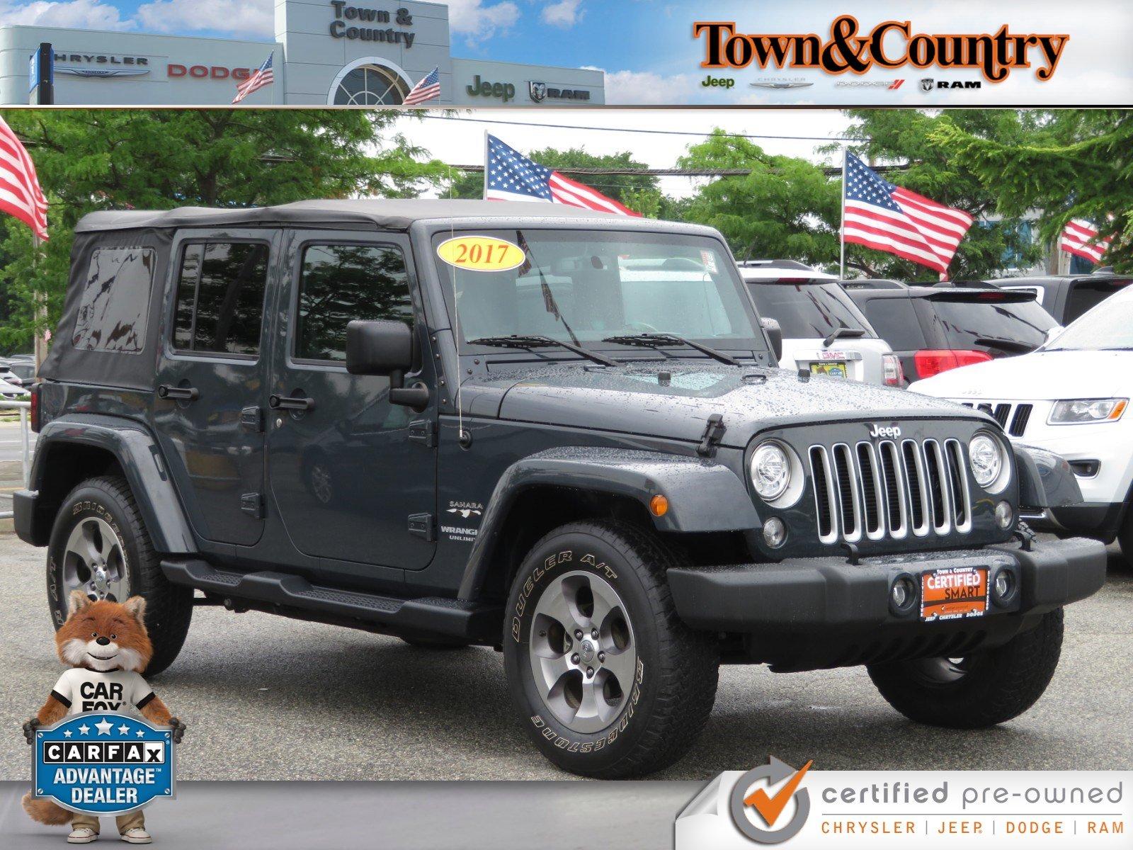 2017 Jeep Wrangler Unlimited Sahara SUV