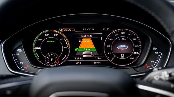 Audi Q5 PHEV Performance