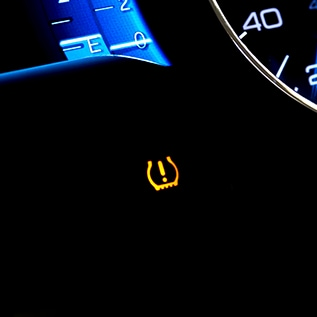 Toyota Dashboard Warning Light Guide & Diagnosis at Towne Toyota