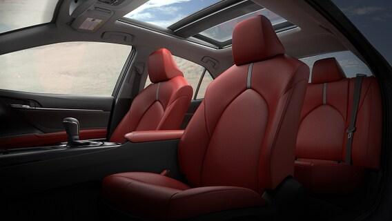 2020 toyota camry xse red interior