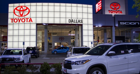 Toyota Dealerships Dfw >> Dallas Toyota Dealer About Toyota Of Dallas Near Irving Plano Tx