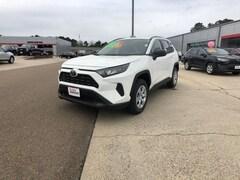 2019 Toyota RAV4 LE SUV