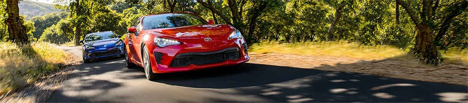 Two Toyota 86s Head to Head