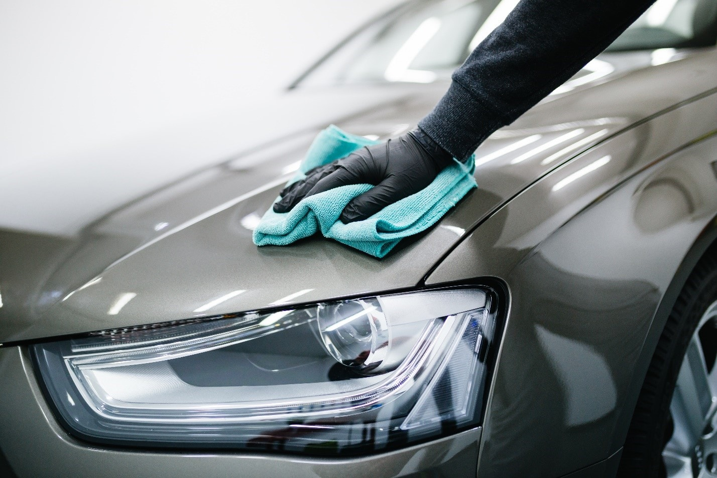 Cleaning Exteriror of car