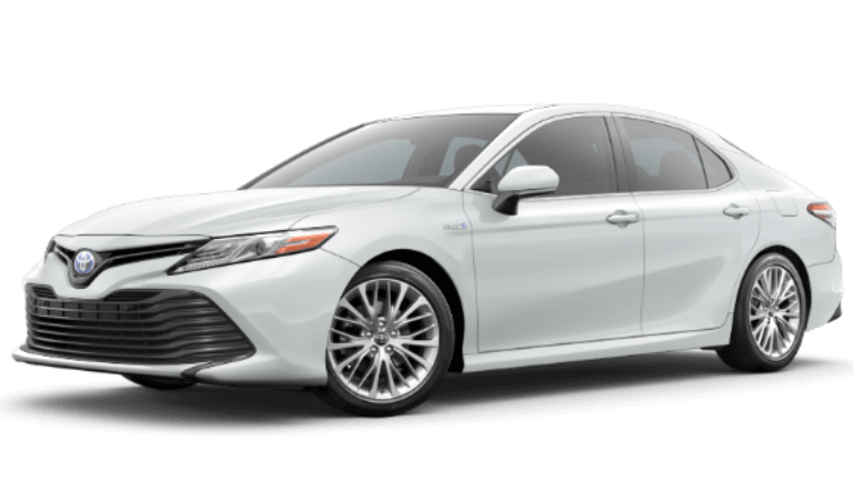 2020 Toyota Camry Hybris XLE in Wind Chill Pearl