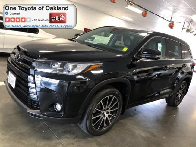 Certified Pre-Owned 2017 Toyota Highlander SE SUV in Oakland, CA
