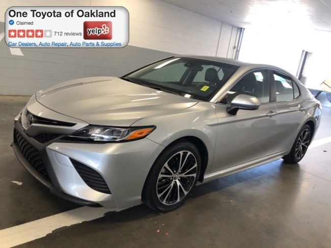 Certified Pre-Owned 2018 Toyota Camry SE Sedan in Oakland, CA