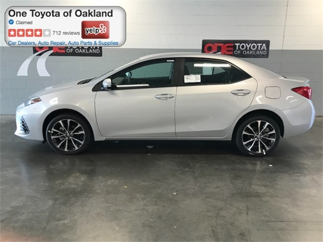 New 2018 Toyota Corolla SE Sedan in Oakland, CA