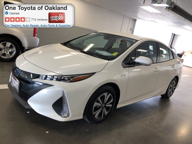 Certified Pre-Owned 2018 Toyota Prius Prime Premium Hatchback in Oakland, CA