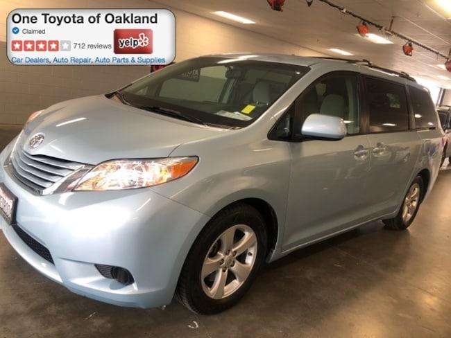 Certified Pre-Owned 2015 Toyota Sienna LE Van in Oakland, CA