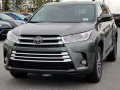 2018 Toyota Highlander LE Plus V6 SUV