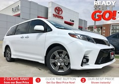 New 2019 Toyota Sienna SE 8 Passenger Van near Dallas, TX