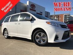 New 2019 Toyota Sienna LE 8 Passenger Van near Dallas, TX