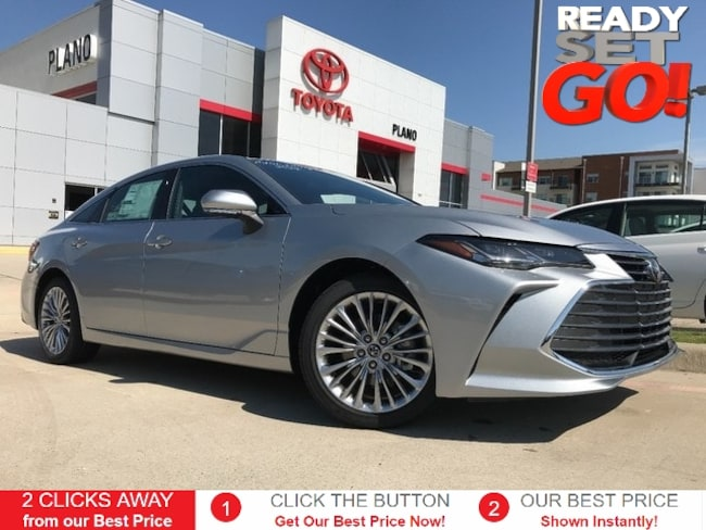 New 2019 Toyota Avalon Limited Sedan near Dallas, TX