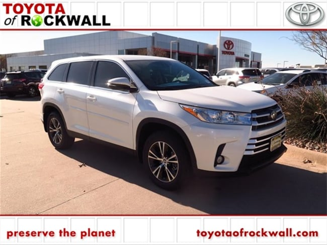 New 2019 Toyota Highlander LE Plus V6 SUV For Sale/Lease Rockwall, TX
