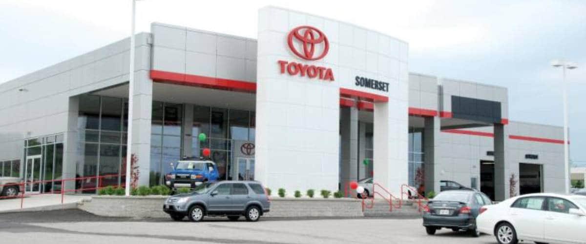 Car Dealerships In Somerset Ky >> Used 2017 Toyota Rav4 For Sale Somerset Ky Jtmjfrev9hj148486