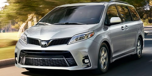 New 2017 Toyota Sienna in Sylacauga AL