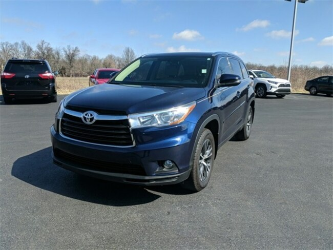 Used 2016 Toyota Highlander XLE V6 SUV Terre Haute, IN