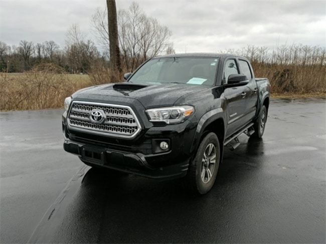 Used 2016 Toyota Tacoma TRD Sport Truck Double Cab Terre Haute, IN