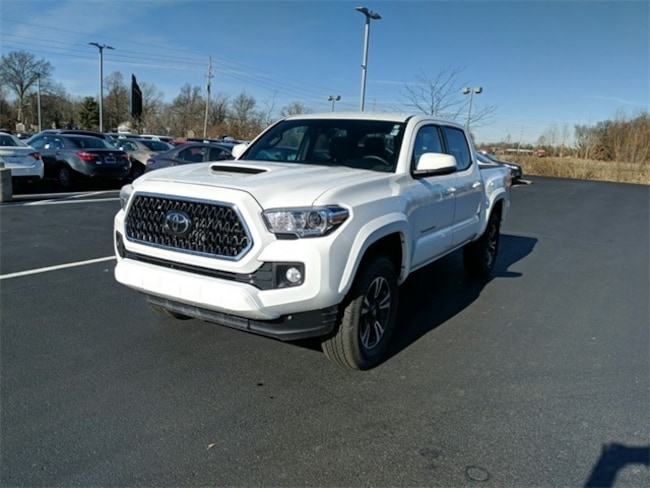 Used 2018 Toyota Tacoma TRD Sport Truck Double Cab Terre Haute, IN
