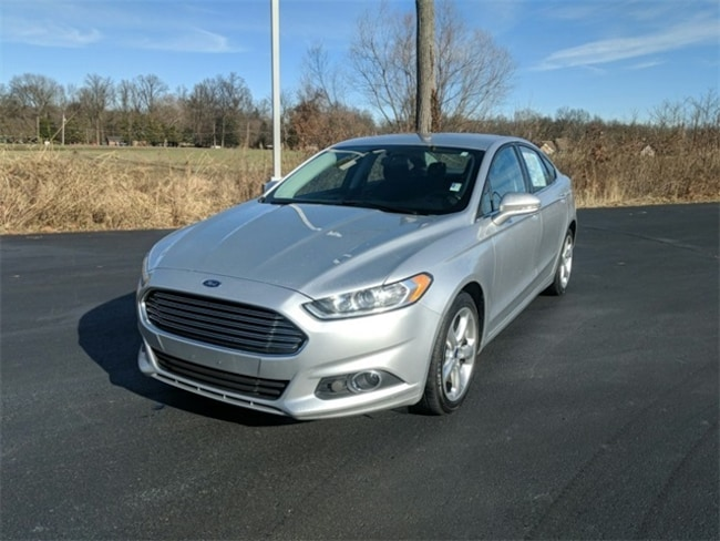 Used 2016 Ford Fusion SE Sedan Terre Haute, IN